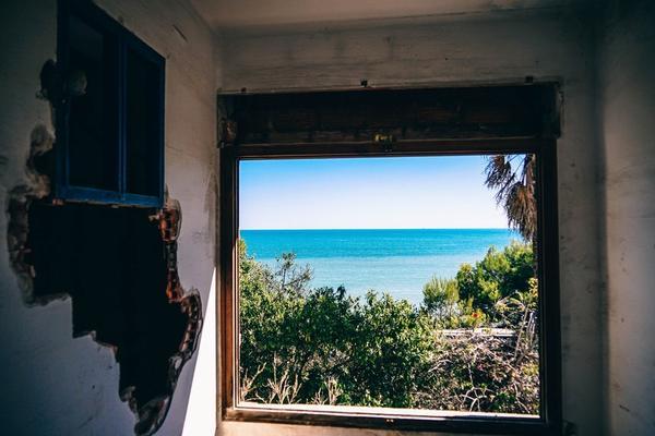 abandoned abandoned building america 267896