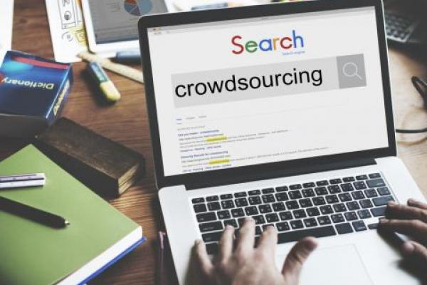 shutterstock 380545675  crowdsourcing