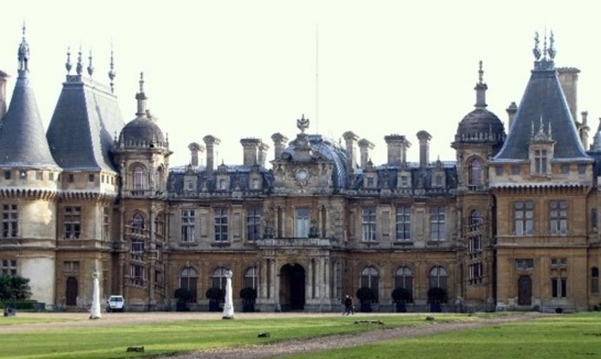 waddesdon manor jewish country house