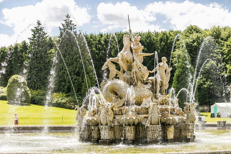 witley fountain